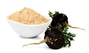 black maca root and powder